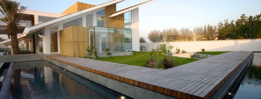 Architizer.com | Twin Sloped Modern Hut in Bahrain | 10 modèles de maisons modernes inspirantes