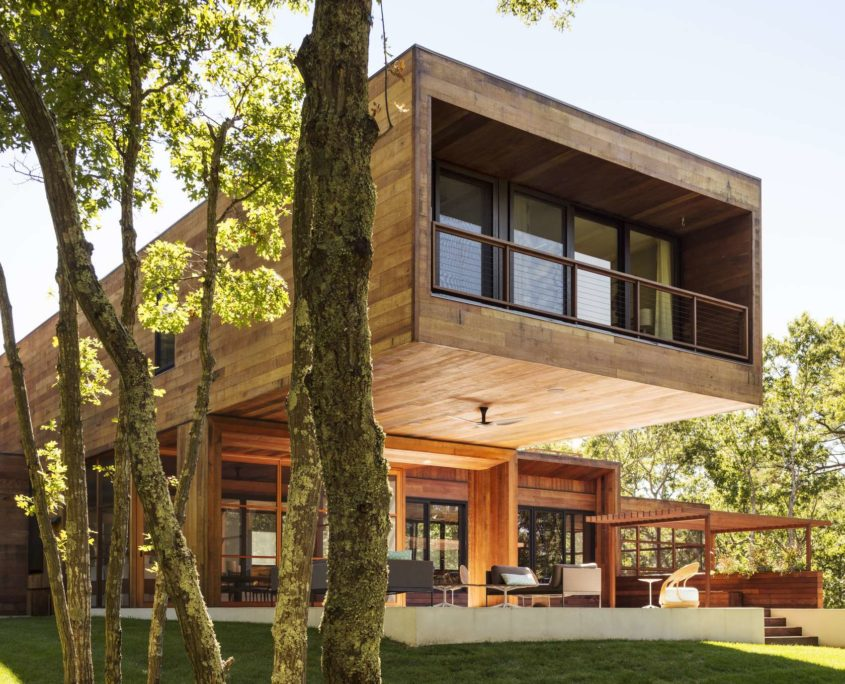 10 Modern Home Designs to Inspire | BONE Structure on incredible house design, modern lake house designs, modern cantilevered house, cantilever roof design, modern house in mexico, bungalow flat roof houses design, modern home narrow lot house designs, cantilever steel beam design,