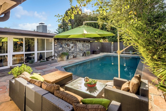 SoCal Modern | Rancho Pool Home | 10 Modern Home Designs To Inspire